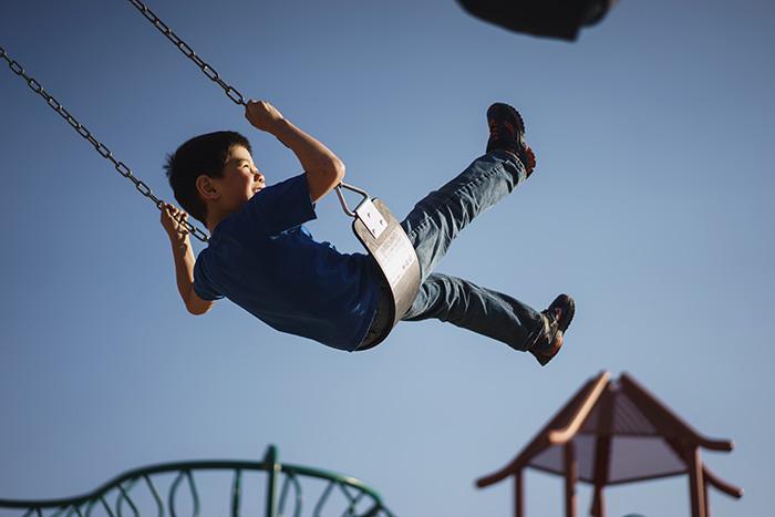 """公園遊具事故""""ランドセルが遊具に引っかかり""""遊具事故はどれくらいあるの?"""